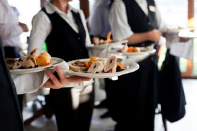 Waiters for events in Tuscany